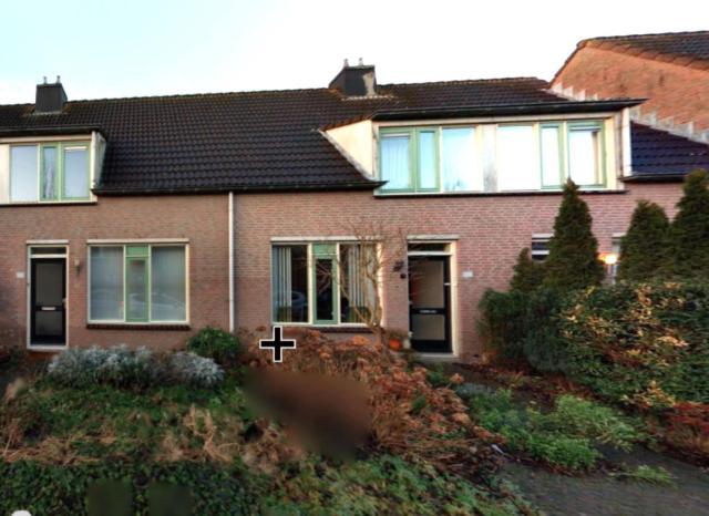 Reaal 114, Hoorn